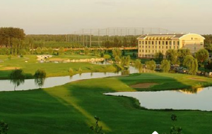 北京东方太阳城高尔夫练习场
