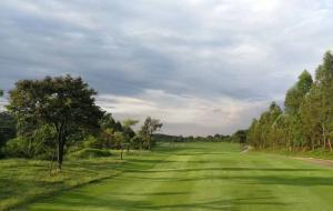 广西柳州卧龙湖高尔夫球场