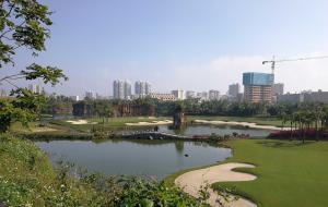 海南三亚神泉国际高尔夫球会(神牛场)